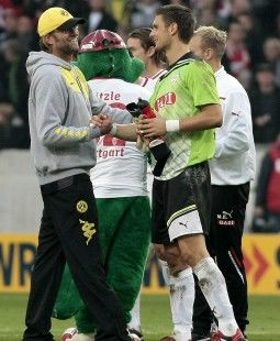 /?proxy=REDAKTION/News/2011-2012/News/VfB_-_BVB_Klopp_Ulreich_255x310.jpg