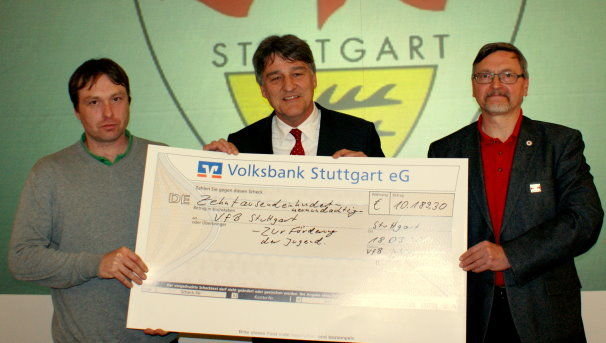 /?proxy=REDAKTION/Fans/Fans_News/VfB_Anhaengerverband_Spende_606x343.jpg