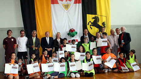 /?proxy=REDAKTION/Verein/Fussballschule/News/2011/Fussball_Kultur_2_464x261.jpg