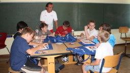 /?proxy=REDAKTION/Verein/Fussballschule/News/2011/FS_kulontour_1_255x143.JPG