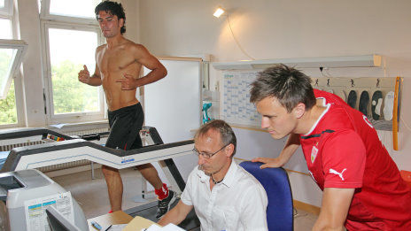 /?proxy=REDAKTION/News/2011-2012/Vorbereitung/Sportmedizin_tuebingen_I_464x261.jpg