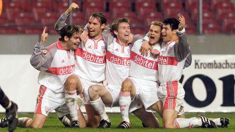 /?proxy=REDAKTION/News/2011-2012/Personen/Carnell_VfB_Team_464x261.jpg