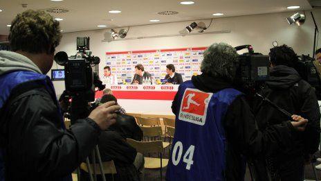 /?proxy=REDAKTION/Saison/VfB/2010-2011/VfB-FCN10_PK_1_464x261.jpg