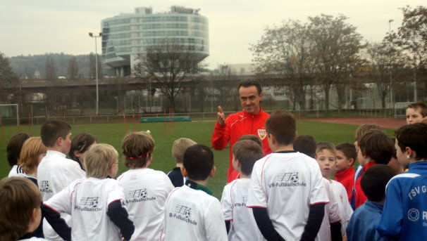 /?proxy=REDAKTION/Verein/Fussballschule/News/2011/teaser_ft1_606x343.JPG