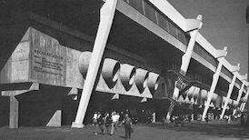 Die Mercedes-Benz Arena im Wandel der Zeit